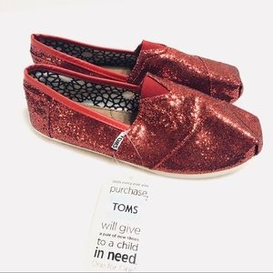 NWT Toms Red Glitter Canvas Shoes